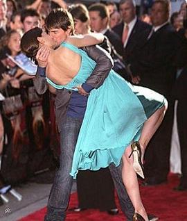 Famous_Celebrities_Kisses_1