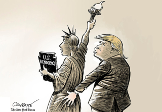 Trump Sratue 1