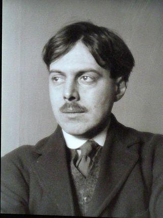 Hemingway Lewis