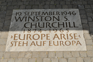 Churchill-and-europe