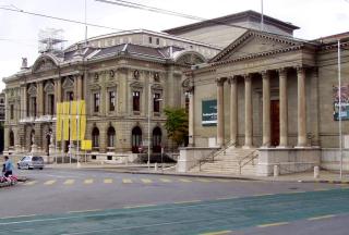FR. museum