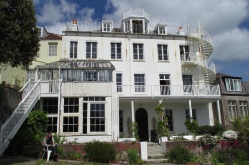 VH The-Rear-of-Hauteville-House